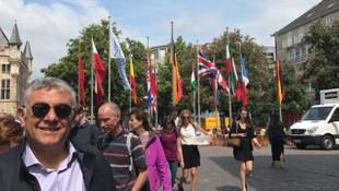 Sarıyer Türk Bayrağı'nı Almanya'da dalgalandırdı