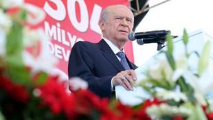 Bahçeli o pankartı görüp Erdoğan'a seslendi