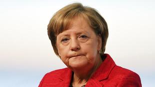 Merkel tehdit etti ! ''Çekiliriz...''