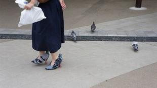 Ayakkabı demeye şahit ister
