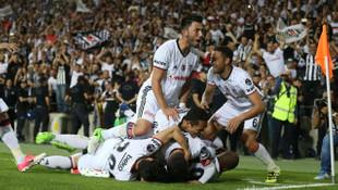 Şampiyon Beşiktaş para bastı !