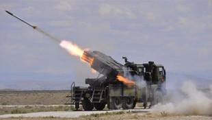 İsrail de balistik füze denedi !