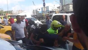 Taksicinin sözleri sivil polisi çıldırttı
