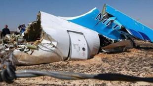 Yolcu uçağını, açık kalan iPhone mu düşürdü ?
