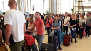 Hollandılılara uçak yetişmiyor