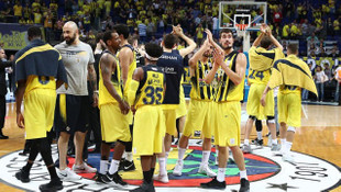 Spor Toto Basketbol Lig Şampiyonu Fenerbahçe !