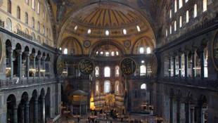 Ayasofya'da okunan ezan Yunanistan'ı çıldırttı
