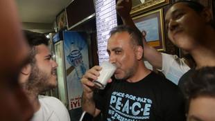 Adana'da Haluk Levent sürprizi