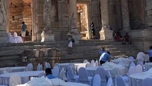 Efes Antik Kenti'nde düğün iddiası ortalığı karıştırdı