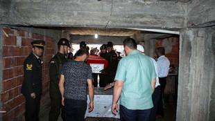 Şehit Astsubay Ağıl'ı binlerce kişi uğurladı