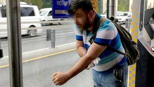 Metrobüste tinerci dehşeti