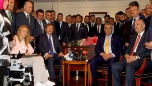 Bakan Hakan Çavuşoğlu'ndan ilk açıklama