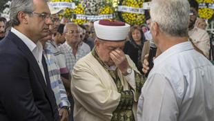 İmam da gözyaşlarını tutamadı ! Duygusal veda