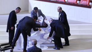 CHP'li Tanrıkulu'ndan Meclis'te tarihi protesto