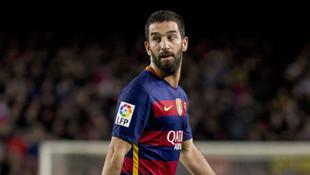 Barcelona Arda Turan'ı Galatasaray'a vermiyor