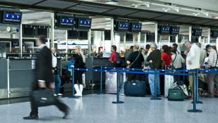 Uçağı rötar yapana 100-600 Euro tazminat