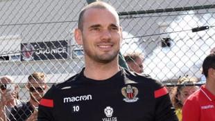 Napoli cephesinden Wesley Sneijder açıklaması