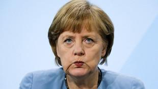 Merkel'den flaş Türkiye kararı