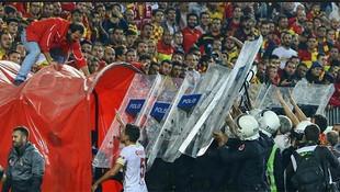 Olaylı maça soruşturma: 72 kişi için gözaltı kararı