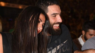 ''Arda Turan evlendi''