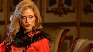 Güzel oyuncu Wilma Elles'den ilginç itiraf