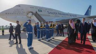Suudi Kralı'ndan 100 milyon dolarlık tatil