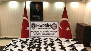 PKK'nın suikast silahları TIR'da yakalandı