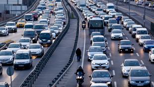 Trafikte yeni dönem ! İlk olarak 3.5 milyon araç kullanacak