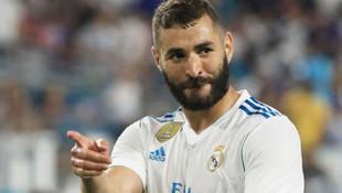 Benzema 2021'e kadar Real Madrid'de
