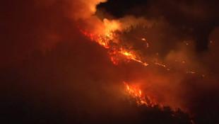 Karabük'te orman yangını büyüyor