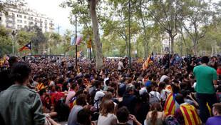 İspanya karıştı ! Üniversiteyi işgal ettiler