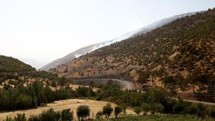 İran, Barzani'yi bombalıyor
