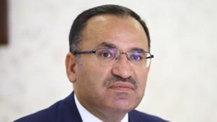 Bozdağ: Türkiye referandumun iptalini istemektedir