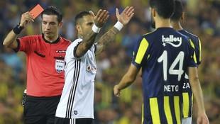 Ali Palabıyık'a büyük şok ! FIFA kokartı...