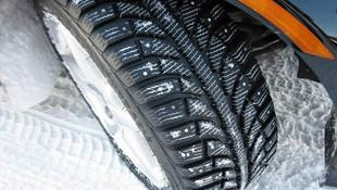 Özel araçlara kış lastiği zorunlu mu ? Bakanlık duyurdu