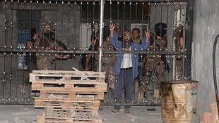 DEAŞ'a şafak operasyonu: 3 kişi gözaltında