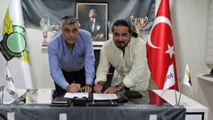 Akhisar Belediyespor isim değiştirdi !