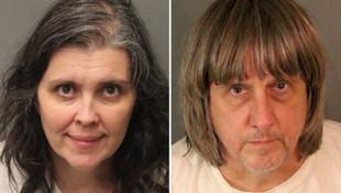 Bir evde zincirlere bağlı 13 kişi bulundu