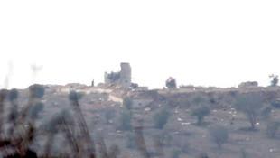 Afrin'de YPG paçavraları indirildi