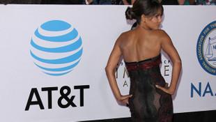 Halle Berry'den transparan şov