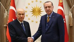 AK Parti - MHP ittifakı oy pusulasını değiştirecek