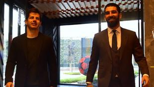 Galatasaray taraftarından Arda Turan tepkisi