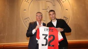 Van Persie resmen Feyenoord'da !