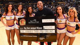 Tek atışla 100 bin dolar kazandı !