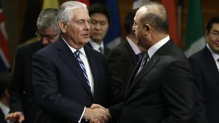 Bakan Çavuşoğlu'ndan ABD'li Bakan'a: YPG ağzıyla konuşmayın