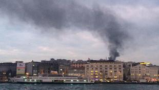 İstanbul Fatih'te korkutan yangın