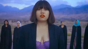 Sütyenli klip çeken şarkıcı: ''Ölüm tehditleri alıyorum''