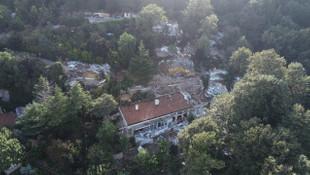 Adnan Oktar'ın villası yıkıldı