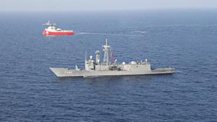 Akdeniz'de Türk araştırma gemisine Yunan tacizi !