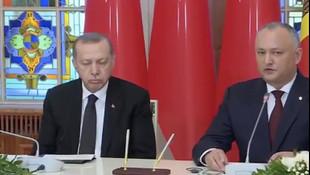 Erdoğan basın toplantısında uyuyakaldı